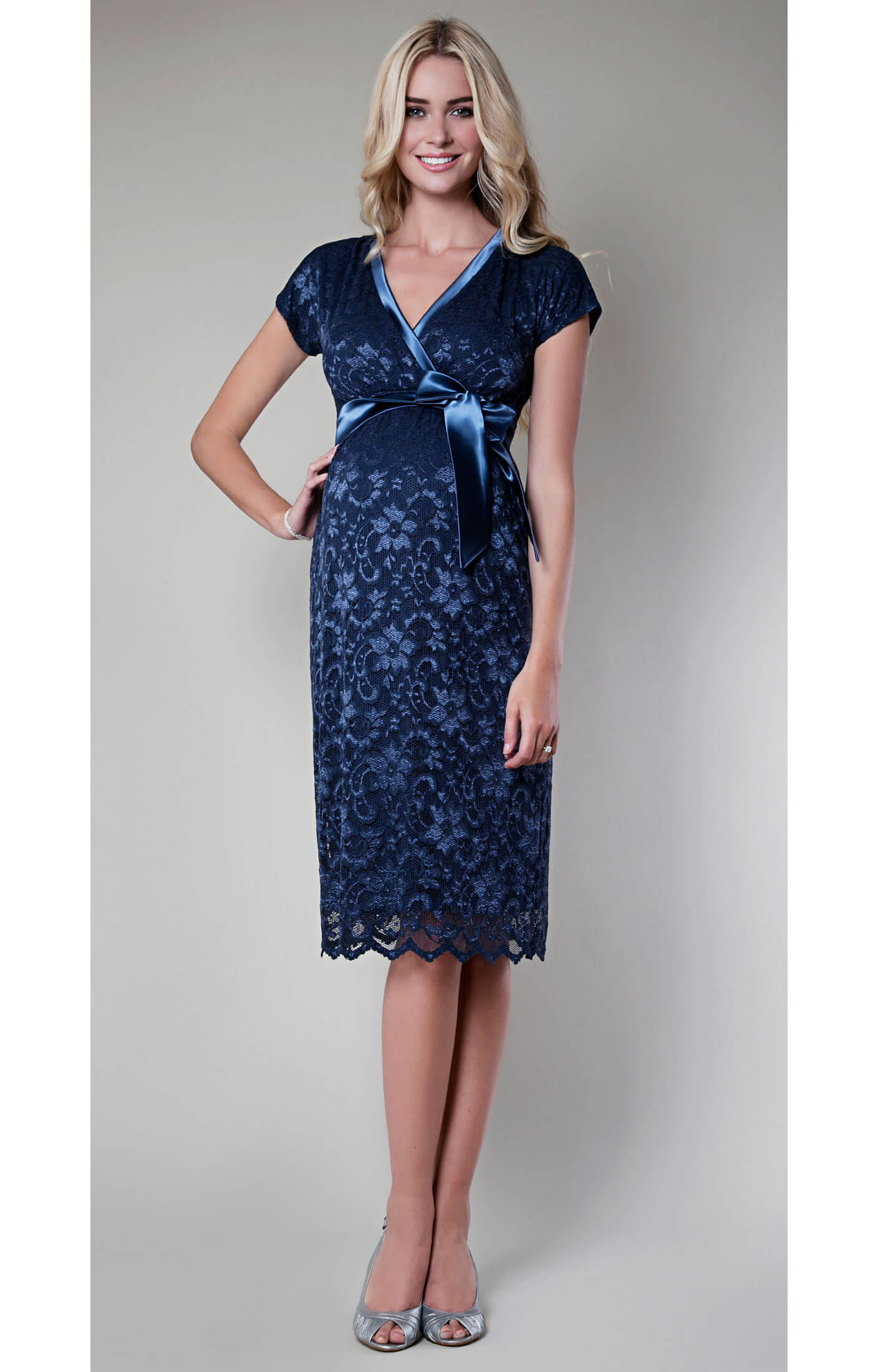 Shop from the world's largest selection and best deals for Blue Maternity Dresses. Free delivery and free returns on eBay Plus items.