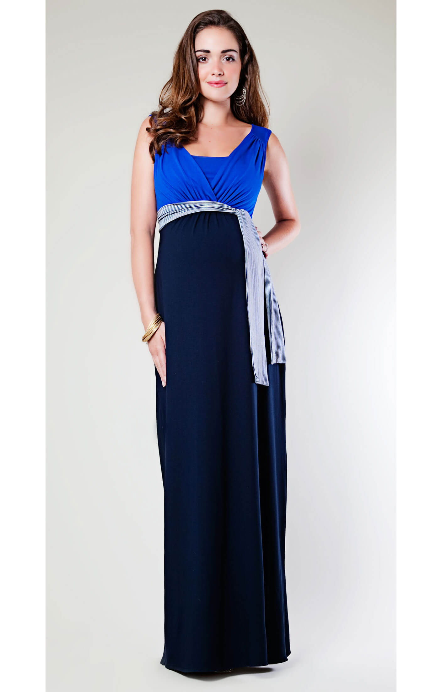 Maxi cruise jersey maternity dress maternity wedding for Wedding guest pregnancy dresses