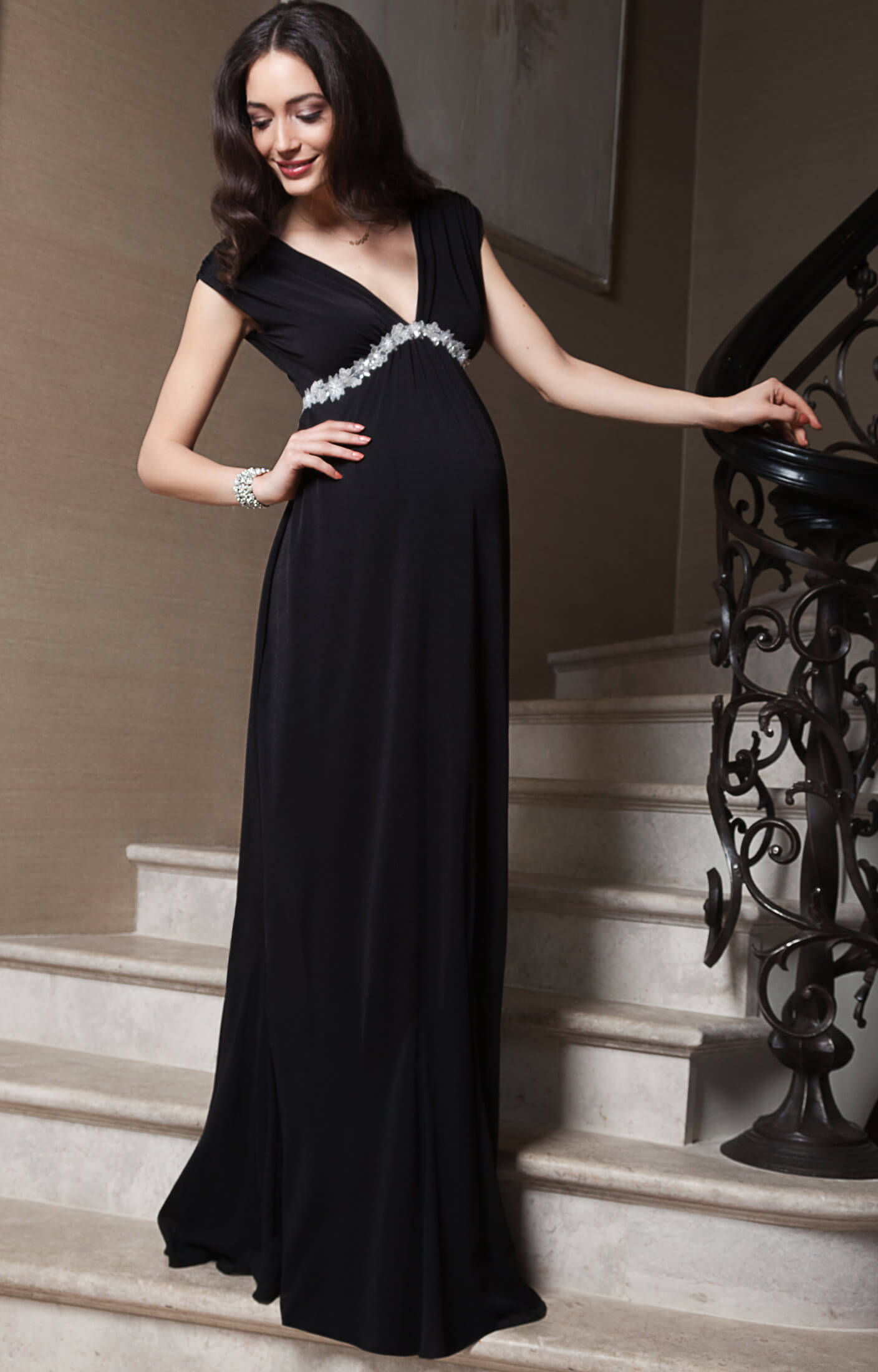Maternity Evening dresses. Seraphine's elegant maternity evening dresses are perfect for formal occasions. Make a sweeping entrance worthy of the red carpet in one of our floor length gowns, designed to make a big impact.