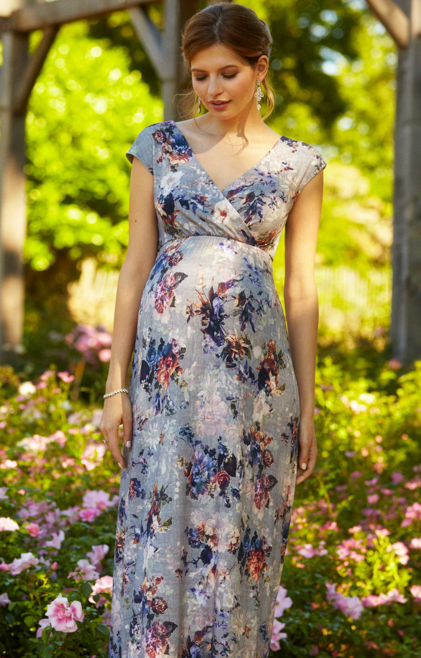 424c4b50a86d Alana Maternity Maxi Dress Vintage Bloom - Maternity Wedding Dresses ...