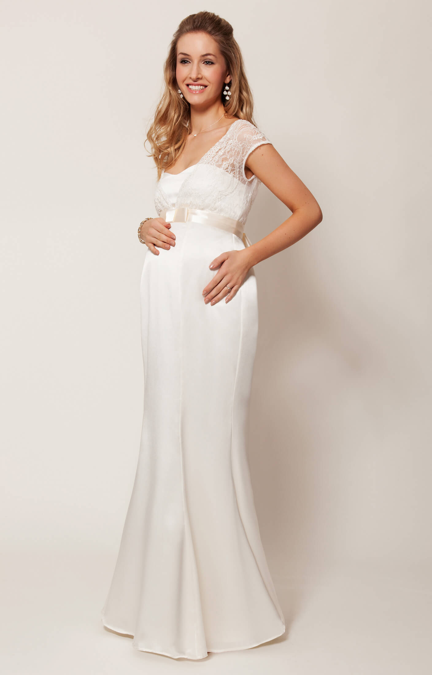 Georgia Maternity Wedding Gown (Vintage Ivory